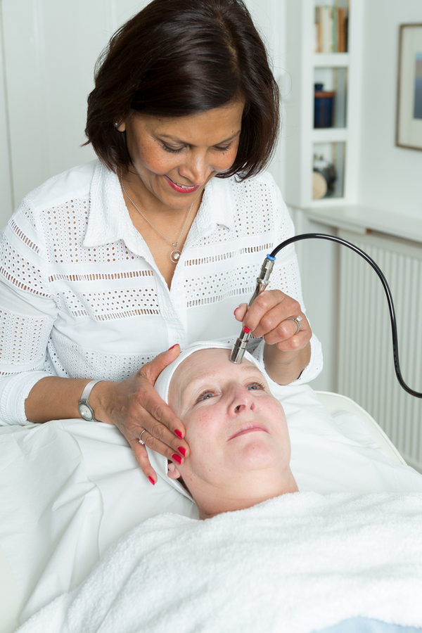 Susan carrying out a microdermabrasion treatment at the Skincare InsideOut clinic